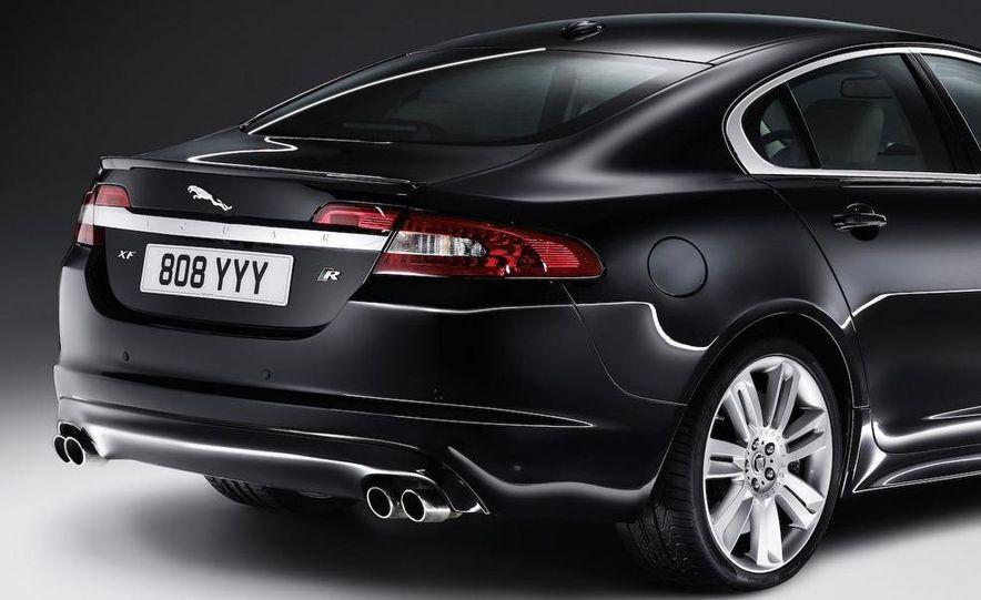 2010 Jaguar XFR - Slide 27
