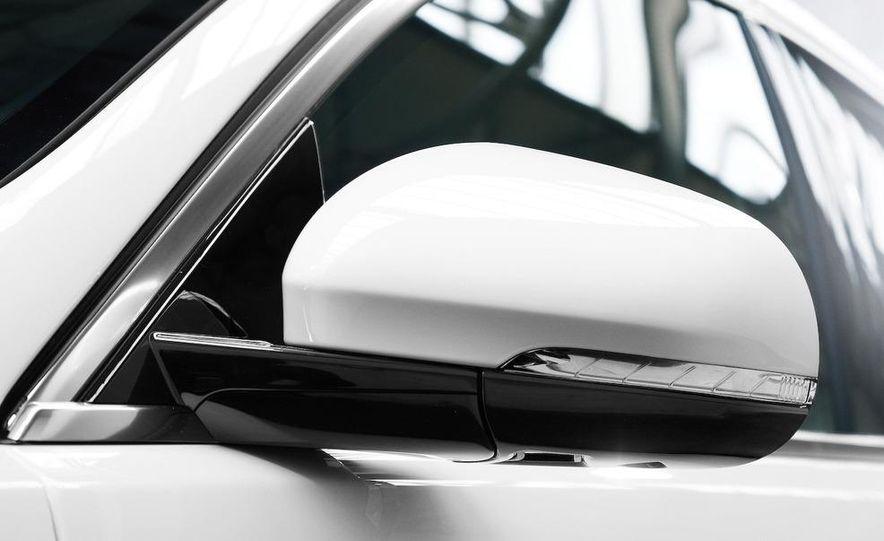 2010 Jaguar XFR - Slide 13