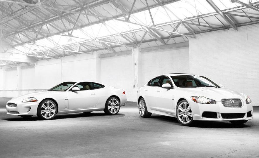 2010 Jaguar XFR - Slide 36