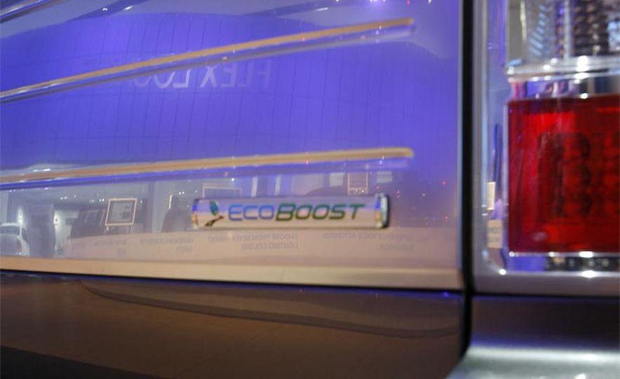2010 Ford Flex Limited EcoBoost navigation display - Slide 20