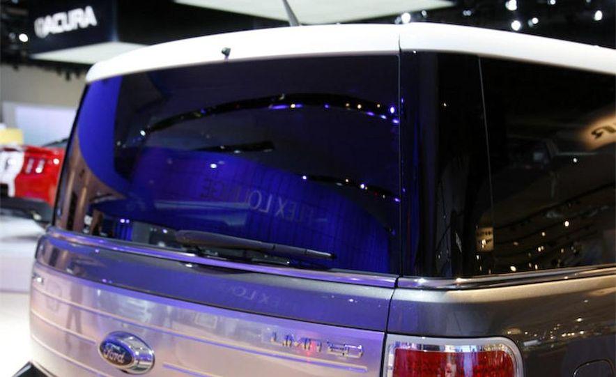 2010 Ford Flex Limited EcoBoost navigation display - Slide 21