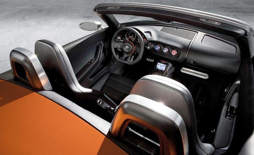 Volkswagen Concept BlueSport - Slide 39