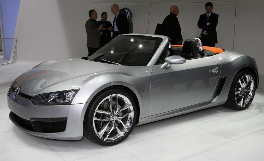 Volkswagen Concept BlueSport - Slide 3