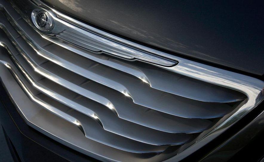 Chrysler 200C EV concept - Slide 30