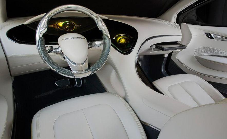Chrysler 200C EV concept - Slide 35