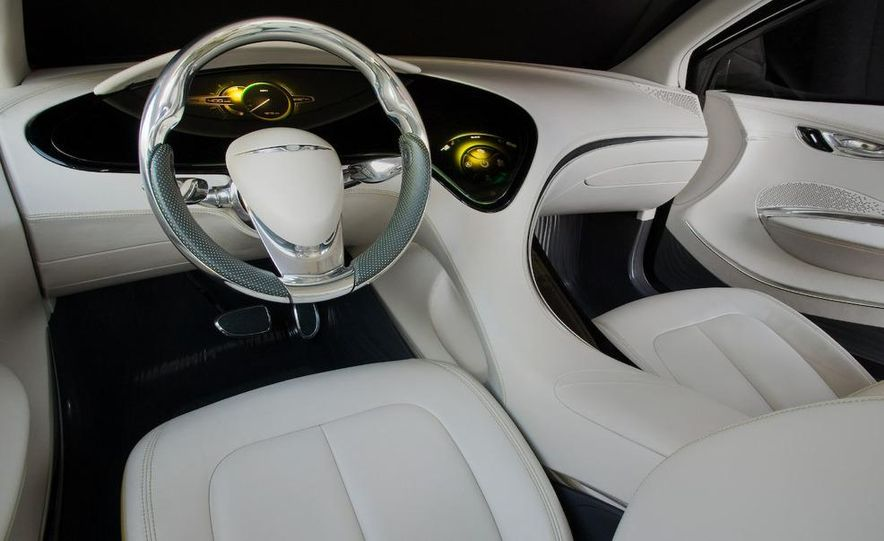 Chrysler 200C EV concept - Slide 36