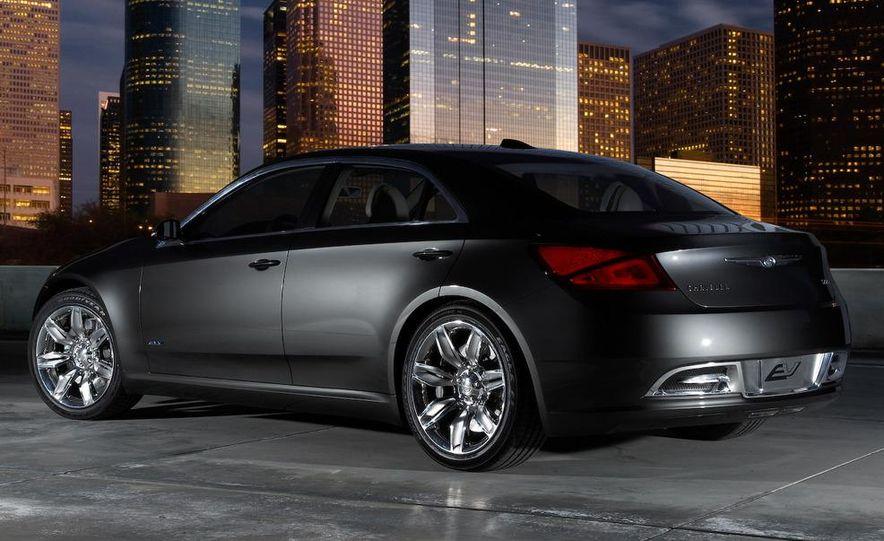 Chrysler 200C EV concept - Slide 19