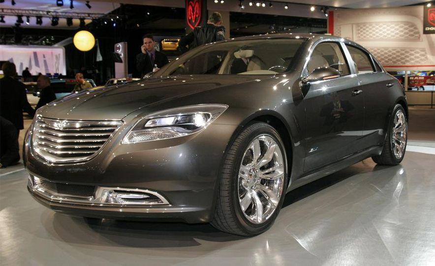 Chrysler 200C EV concept - Slide 1