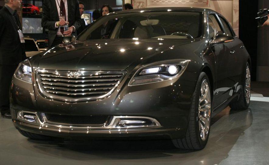 Chrysler 200C EV concept - Slide 2