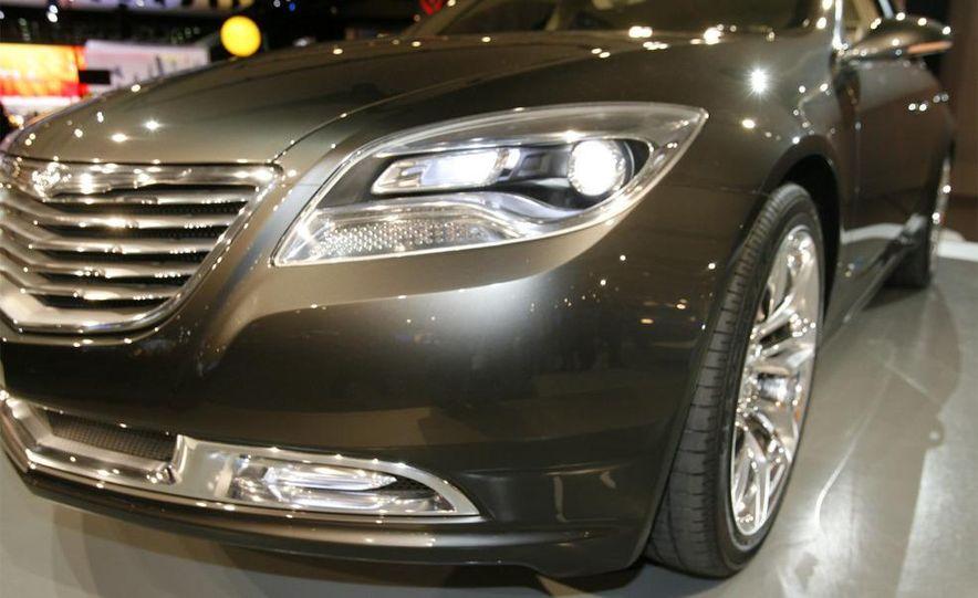Chrysler 200C EV concept - Slide 14