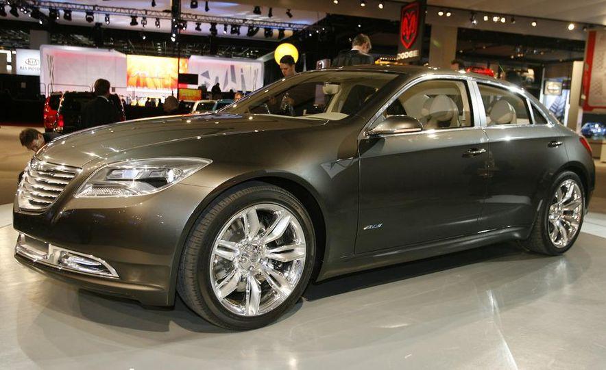 Chrysler 200C EV concept - Slide 7
