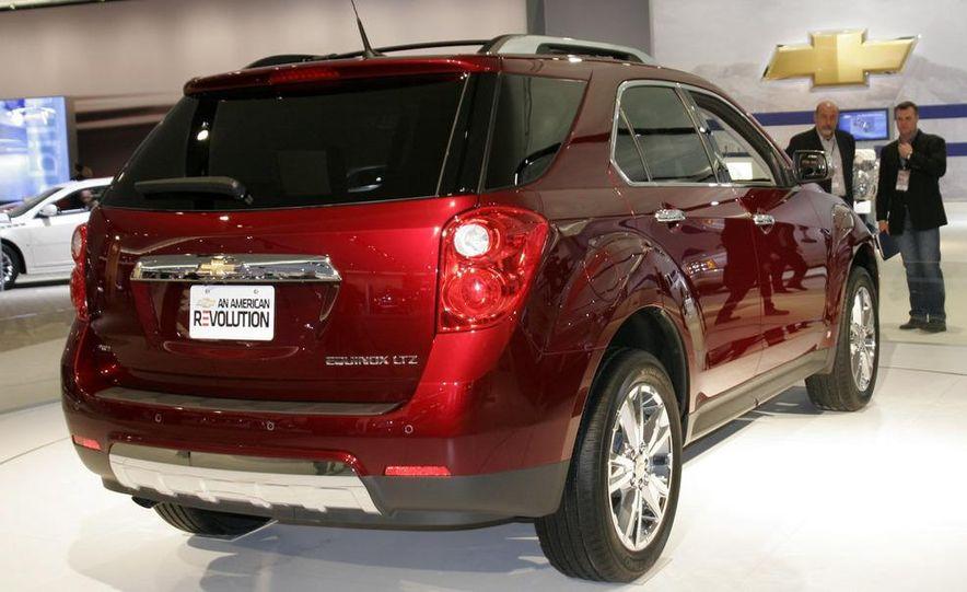 2010 Ford Taurus - Slide 28