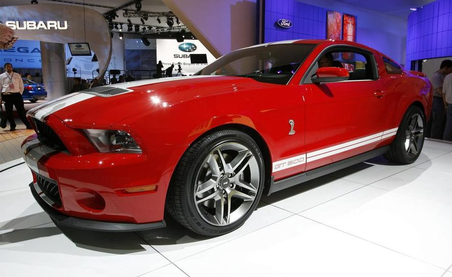 2010 Ford Mustang Shelby GT500 - Slide 1