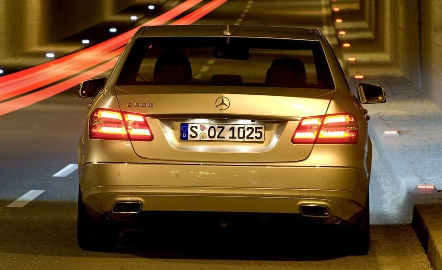 2010 Mercedes-Benz E-class coupe - Slide 8