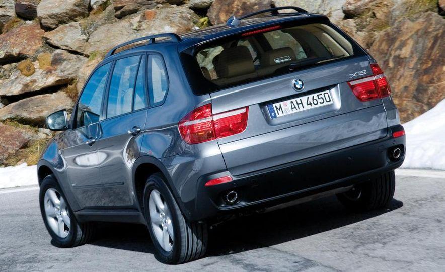 Audi A4 2.0-liter turbocharged inline-4 engine - Slide 7