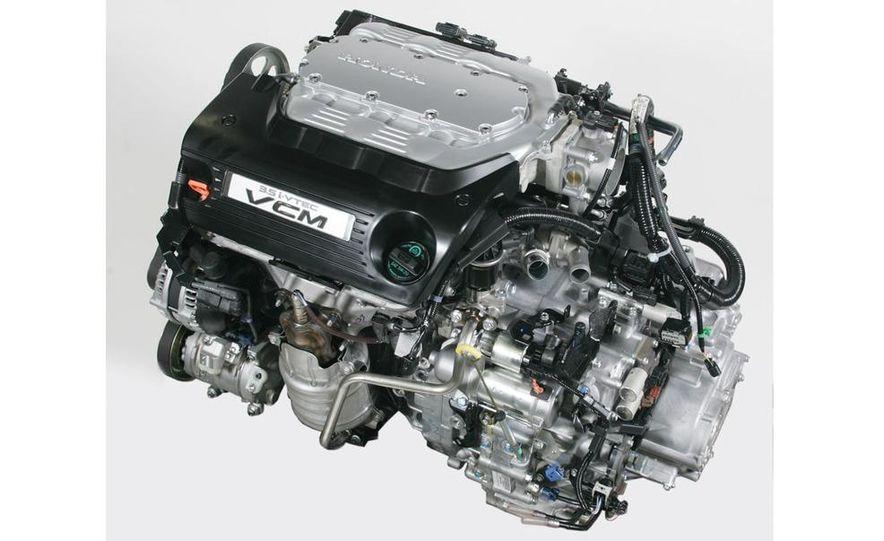 Audi A4 2.0-liter turbocharged inline-4 engine - Slide 24
