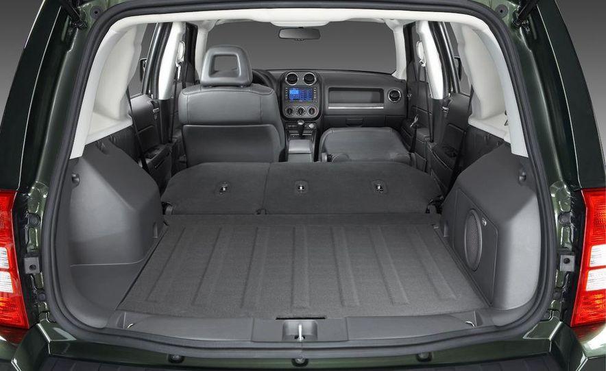 2009 Jeep Patriot - Slide 5