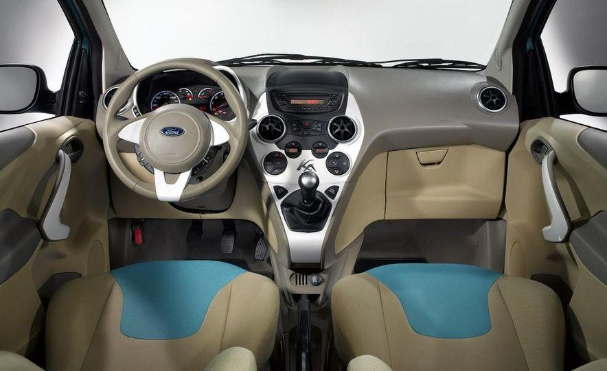 2009 Ford Ka - Slide 17