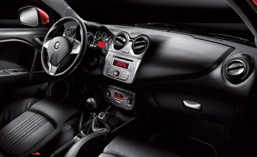 2009 Alfa Romeo MiTo interior - Slide 1