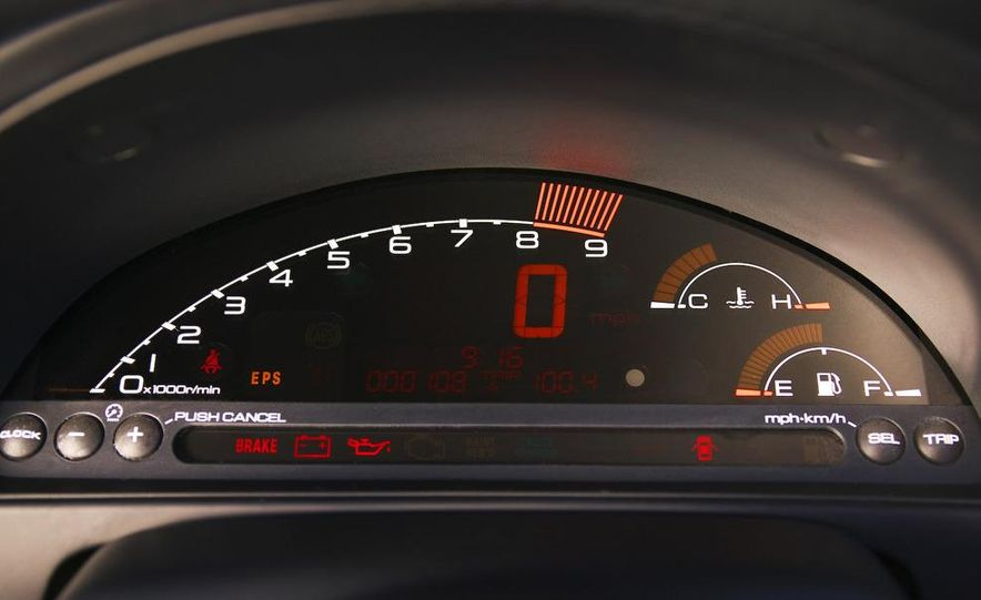 2001 Honda S2000 - Slide 11