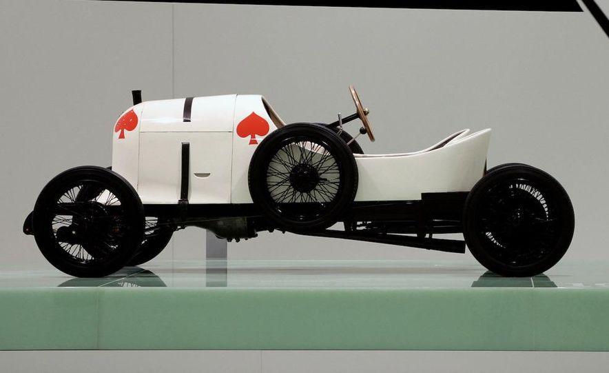 The Porsche Type 64, ancestor of all Porsche sports cars. - Slide 5