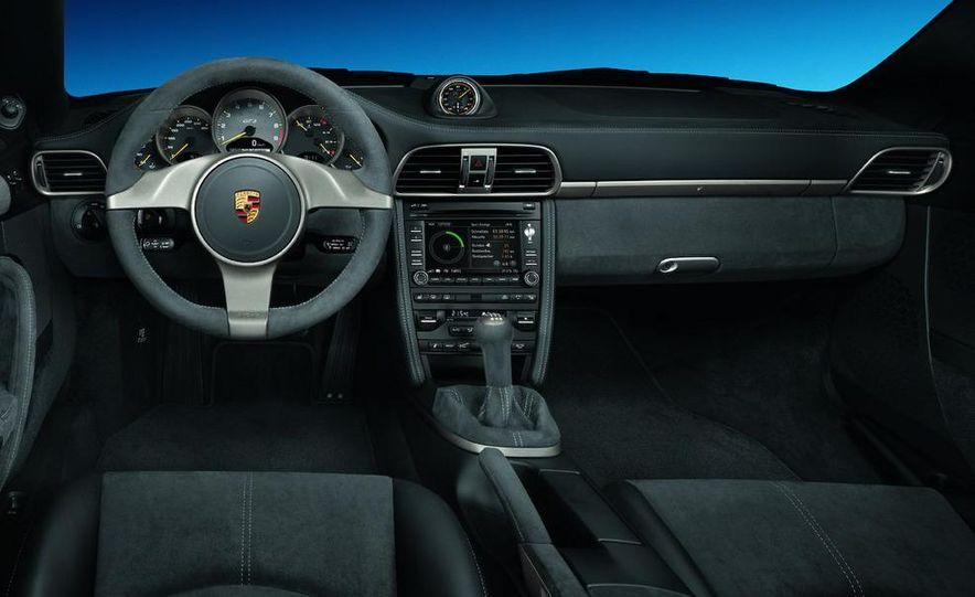 2010 Porsche 911 GT3 - Slide 44
