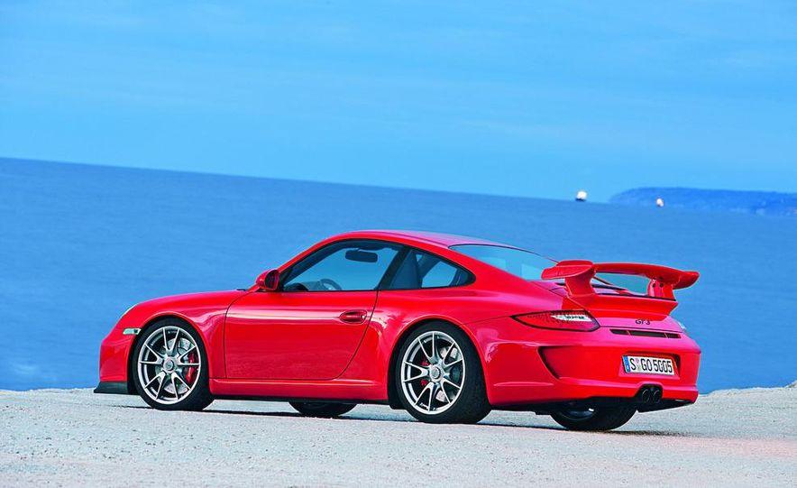 2010 Porsche 911 GT3 - Slide 42