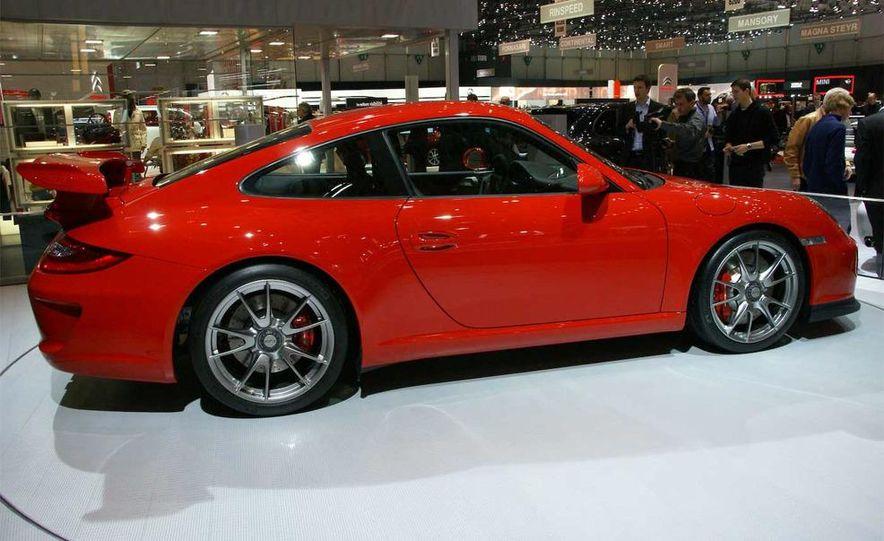 2010 Porsche 911 GT3 - Slide 1