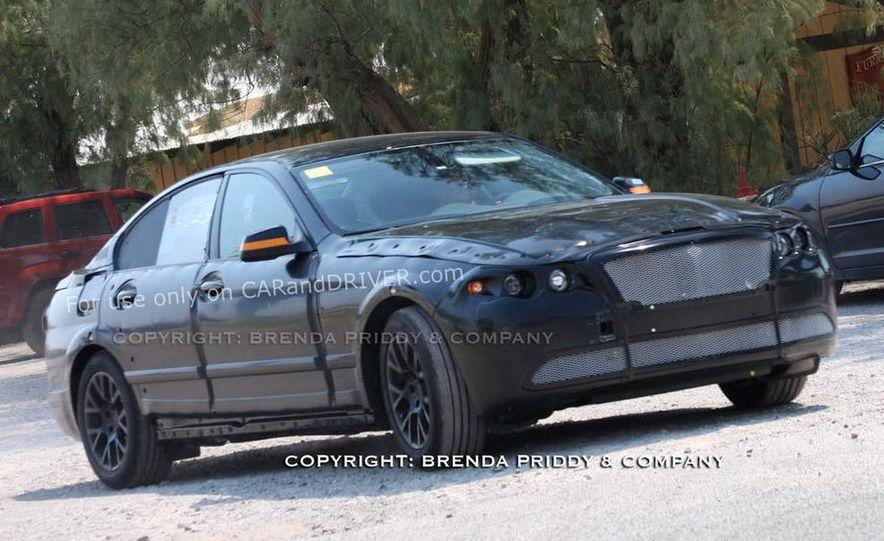 2011 BMW 5-series sedan (spy photo) - Slide 16