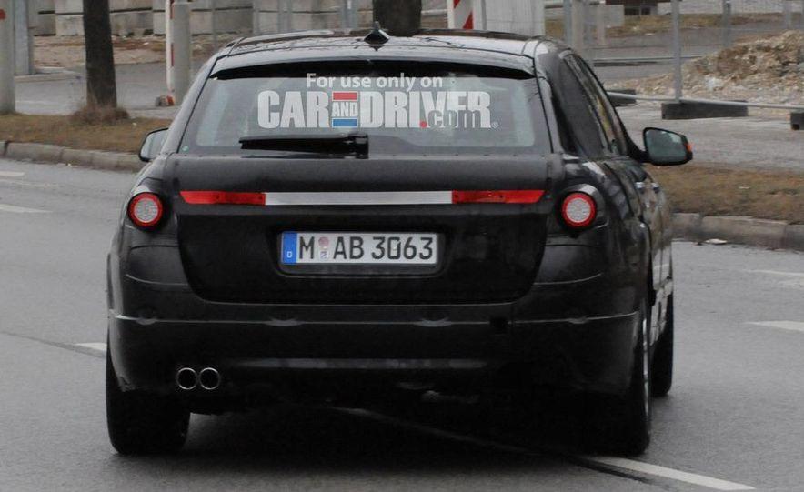2011 BMW 5-series sedan (spy photo) - Slide 28