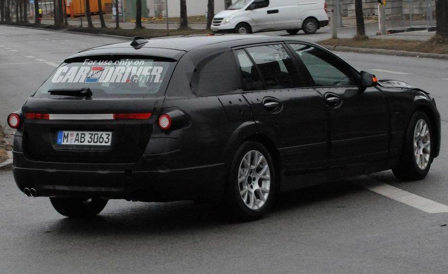 2011 BMW 5-series sedan (spy photo) - Slide 11