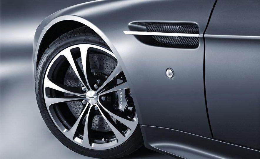 2010 Aston Martin V-12 Vantage - Slide 23