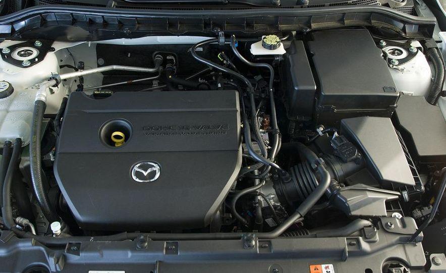 2010 Mazda 3 s Grand Touring - Slide 17