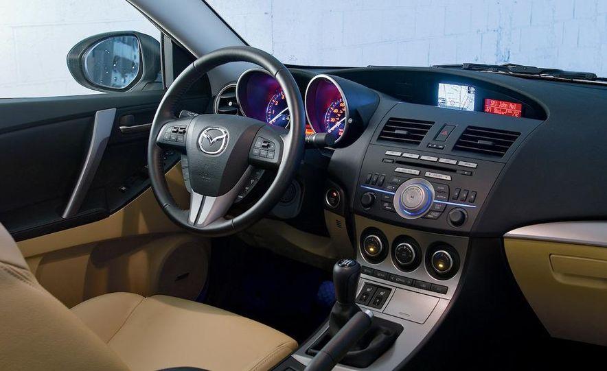 2010 Mazda 3 s Grand Touring - Slide 18