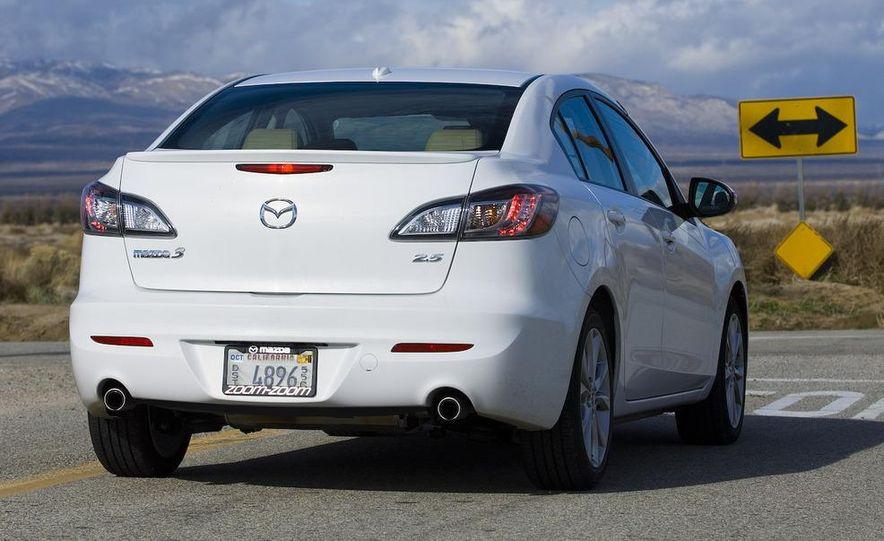 2010 Mazda 3 s Grand Touring - Slide 6