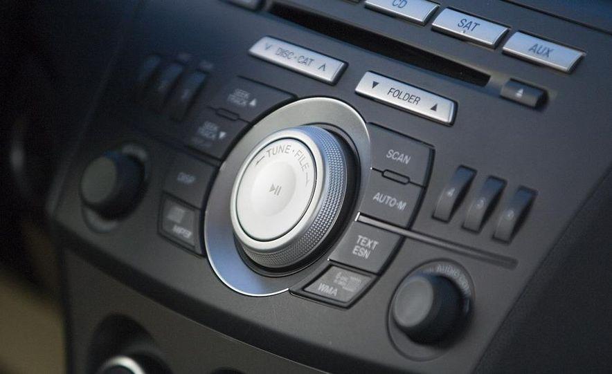 2010 Mazda 3 s Grand Touring - Slide 22