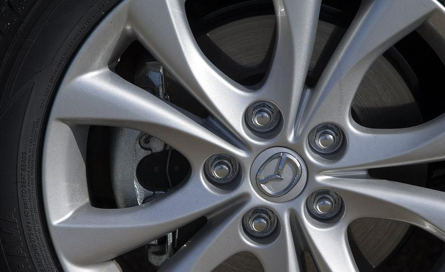 2010 Mazda 3 s Grand Touring - Slide 16