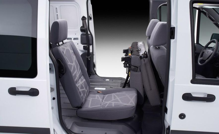 2010 Ford Transit Connect - Slide 17