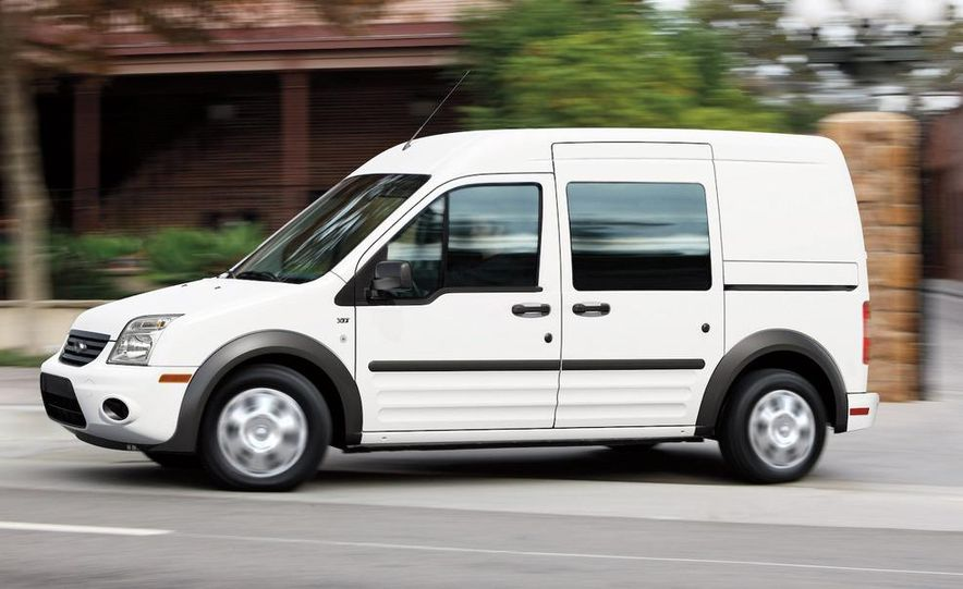 2010 Ford Transit Connect - Slide 7