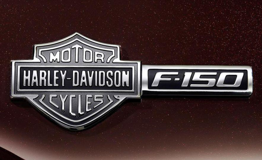 2010 Ford Harley-Davidson F-150 - Slide 15