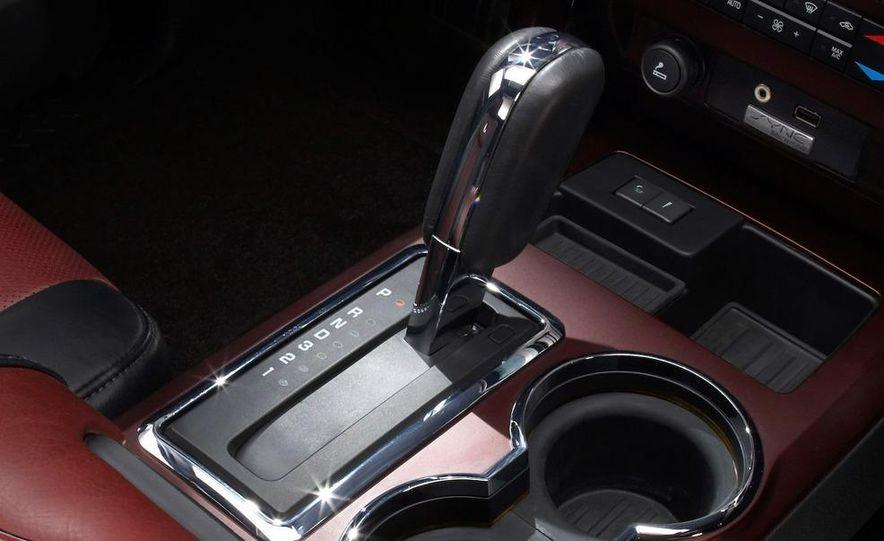 2010 Ford Harley-Davidson F-150 - Slide 10