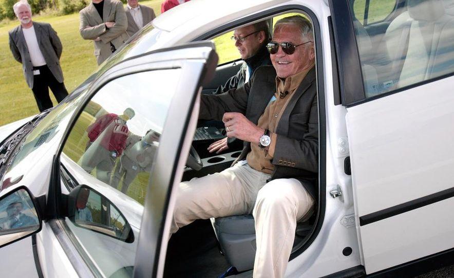 General Motors Vice Chairman Bob Lutz - Slide 5