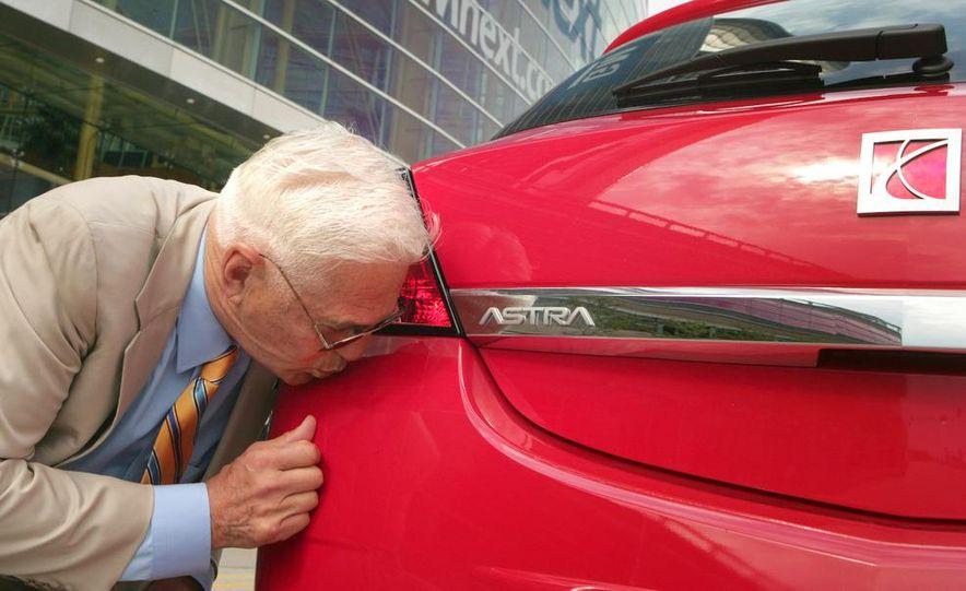 General Motors Vice Chairman Bob Lutz - Slide 7