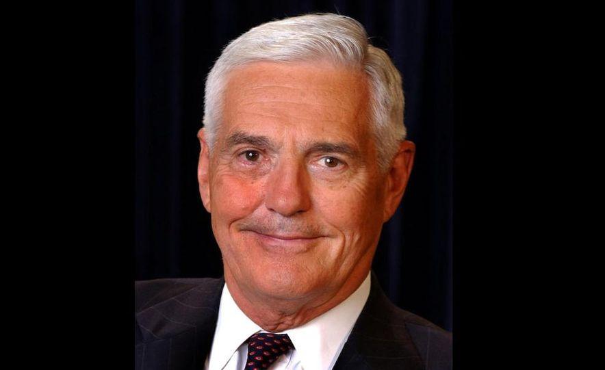 General Motors Vice Chairman Bob Lutz - Slide 3