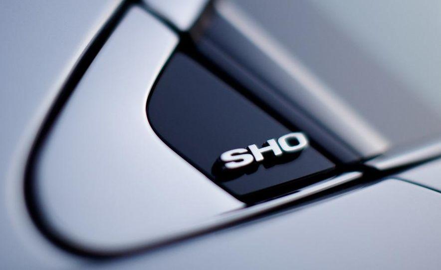 2010 Ford Taurus SHO - Slide 26