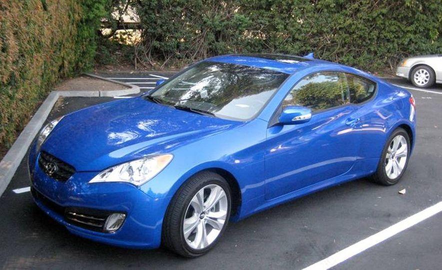 2010 Hyundai Genesis coupe - Slide 18
