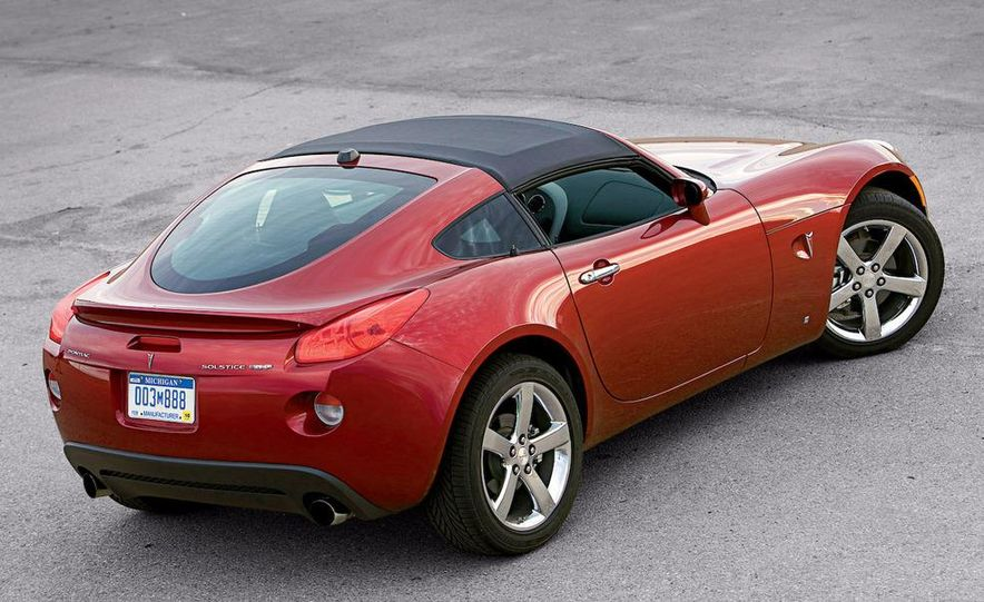 2009 Pontiac Solstice GXP coupe. 2009 Nissan 370Z, 2009 BMW 135i coupe, and 2009 Mazda RX-8 R3 - Slide 9