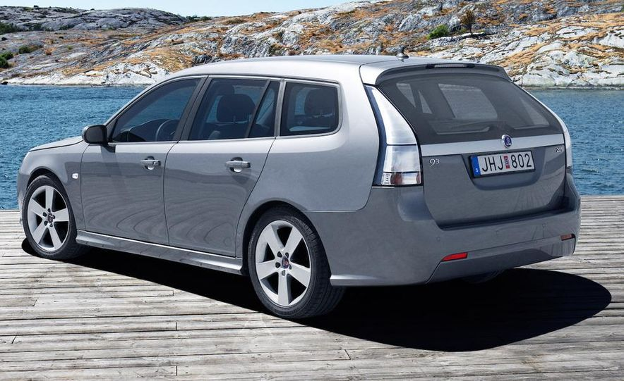 2010 Saab 9-3X - Slide 35