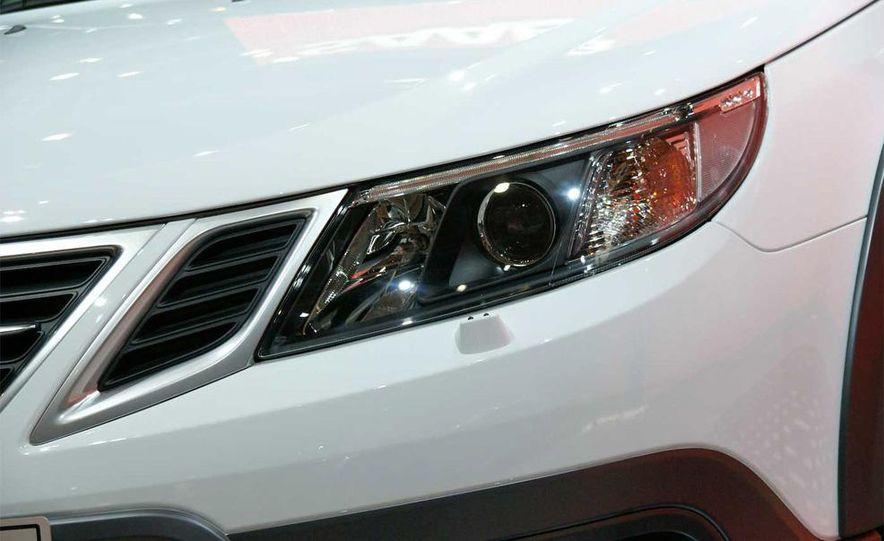 2010 Saab 9-3X - Slide 9