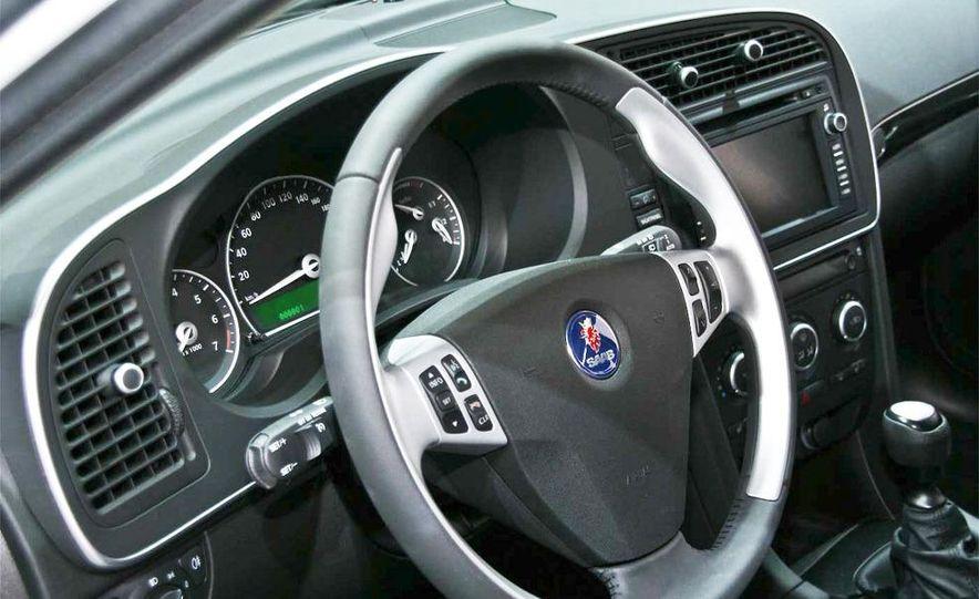 2010 Saab 9-3X - Slide 15